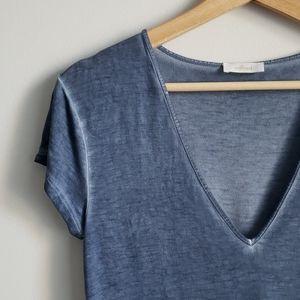 ARITZIA Wilfred 🌊 Ocean Blue V-Neck T-Shirt Small